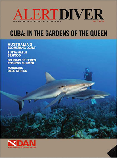 Cover of the Alert Diver Fall 2016 issue