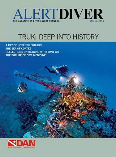 Cover of the Alert Diver Spring 2018 issue