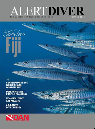 Cover of the Alert Diver Winter 2016 issue