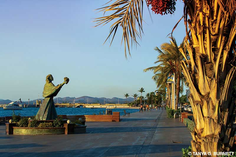 Sea-inspired bronze statues along the Malecón in La Paz