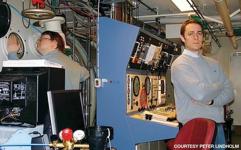 Lindholm oversees experiments in the high-altitude chamber at Karolinska. The chamber can range in pressure from depths of 500 feet to altitudes of 100,000 feet.